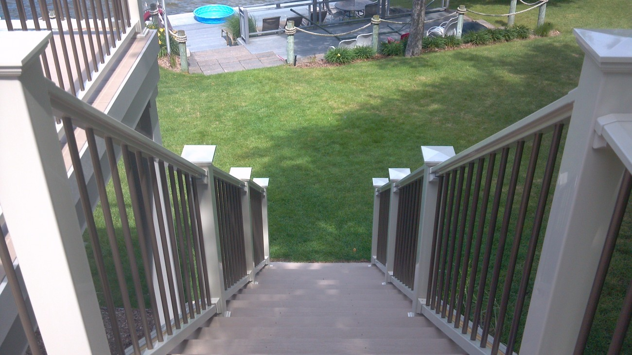 Vinyl railing fence consultants of west michigan - Vinyl railing reviews ...