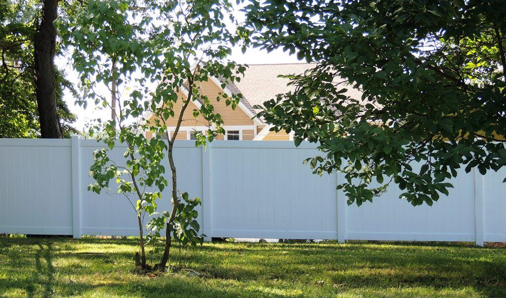 photo for vinyl fence